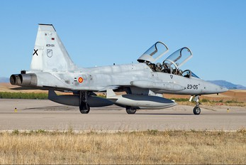AE.9-011 - Spain - Air Force CASA-Northrop  SF-5B(M) Freedom Fighter