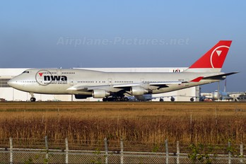 N667US - Northwest Airlines Boeing 747-400
