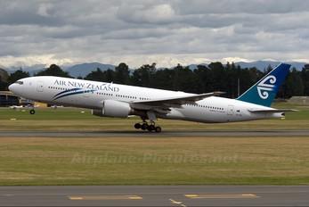 ZK-OKG - Air New Zealand Boeing 777-200ER