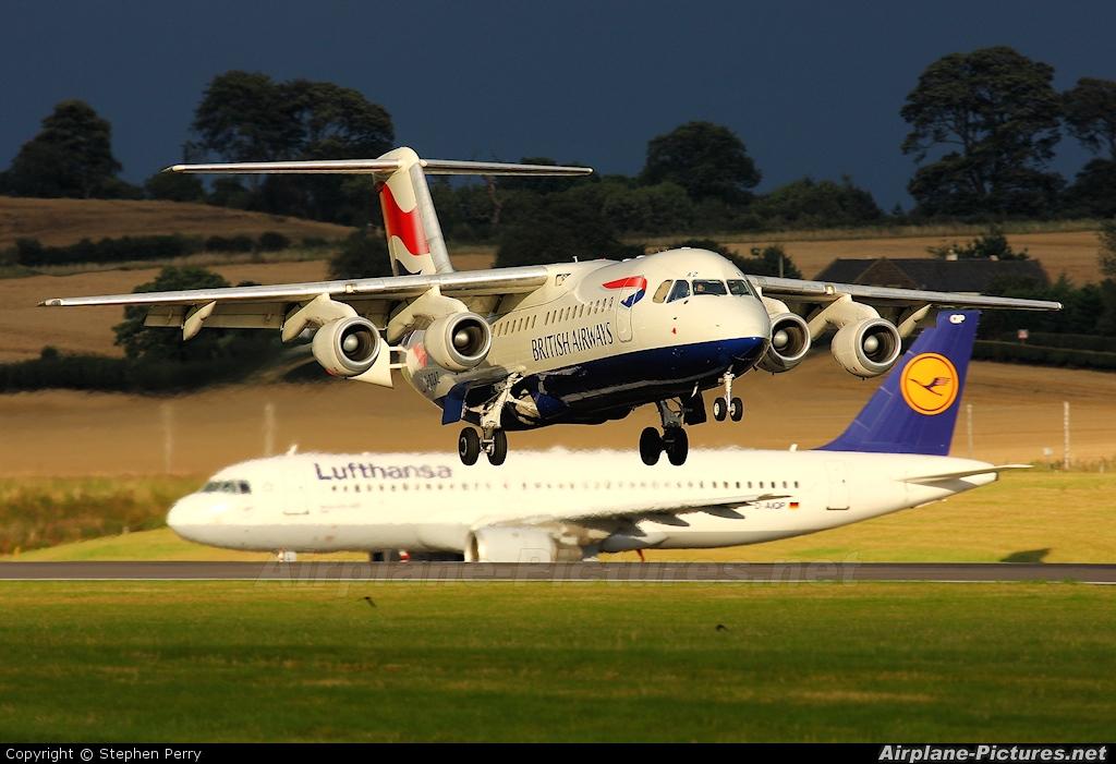 British Airways G-BZAZ aircraft at Edinburgh