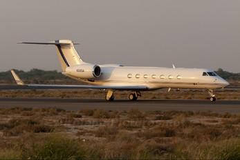 N585A - Private Gulfstream Aerospace G-V, G-V-SP, G500, G550