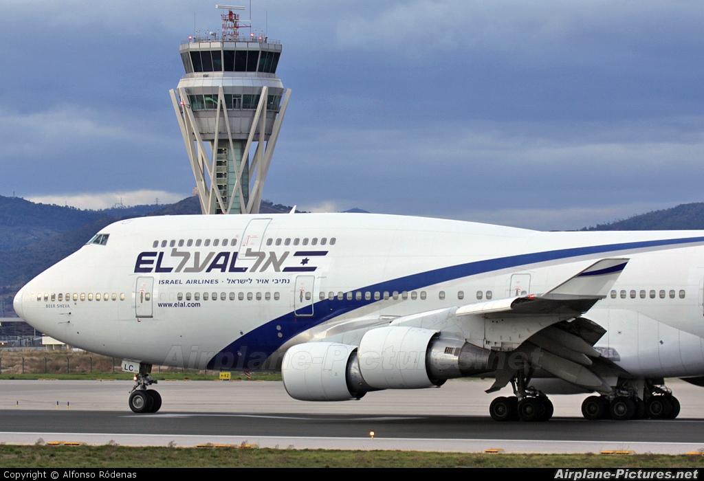 El Al Israel Airlines 4X-ELC aircraft at Barcelona - El Prat