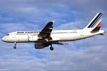 F-GKXT - Air France Airbus A320