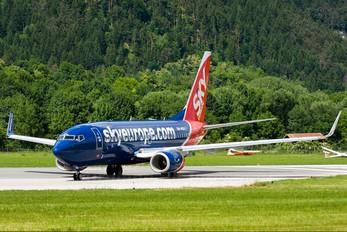 OM-NGQ - SkyEurope Boeing 737-700