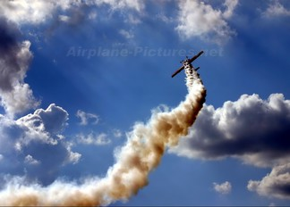 - - Grupa Akrobacyjna Żelazny - Acrobatic Group Zlín Aircraft Z-50 L, LX, M series
