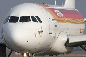 EC-KJC - Iberia Airbus A319