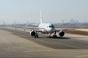 EI-DXY - Rossiya Airbus A320