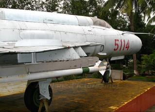 5114 - Vietnam - Air Force Mikoyan-Gurevich MiG-21MF