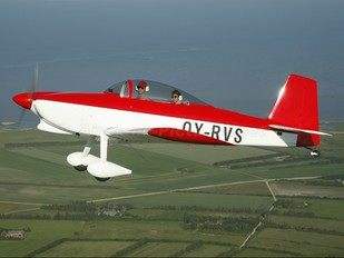 OY-RVS - Private Vans RV-8