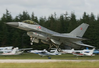 E-596 - Denmark - Air Force General Dynamics F-16A Fighting Falcon