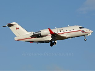 144618 - Canada - Air Force Canadair CC-144 Challenger