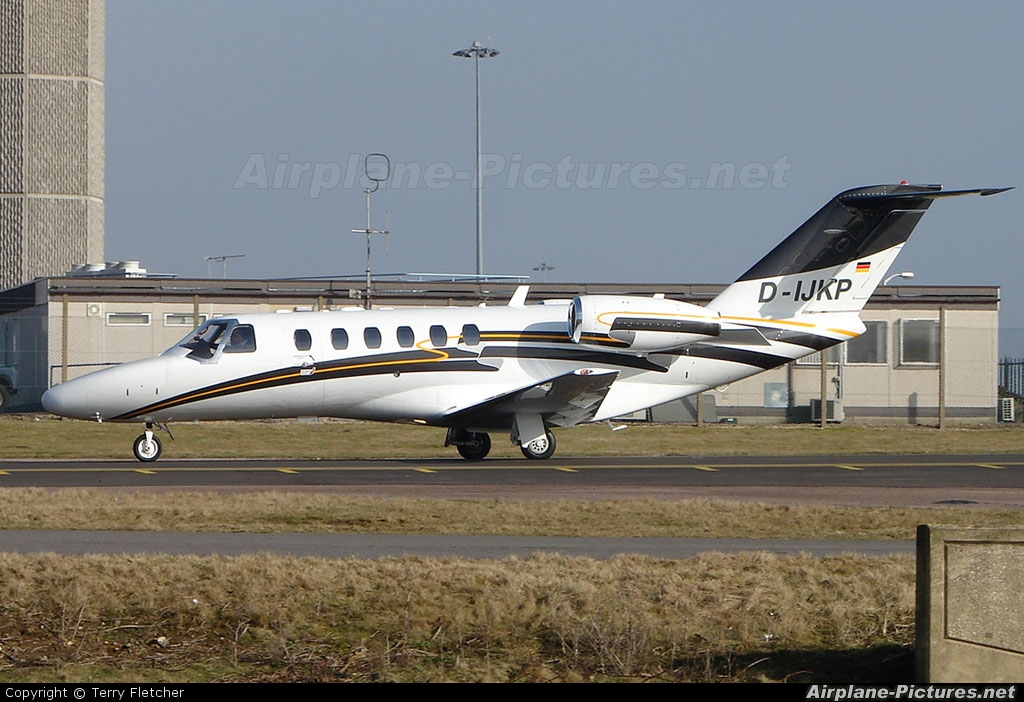 Private D-IJKP aircraft at London - Luton