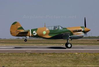 NL40PN - Private Curtiss P-40N Warhawk