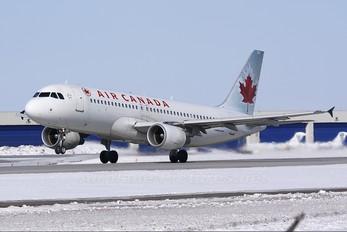 C-FZQS - Air Canada Airbus A320