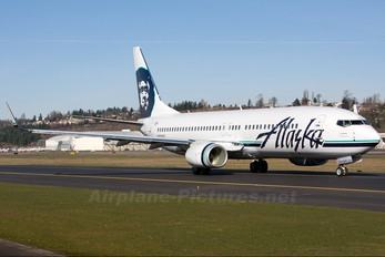 N518AS - Alaska Airlines Boeing 737-800