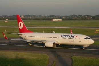 TC-JGE - Turkish Airlines Boeing 737-800