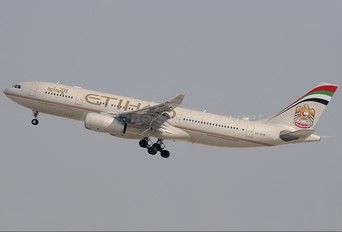 A6-EYN - Etihad Airways Airbus A330-200
