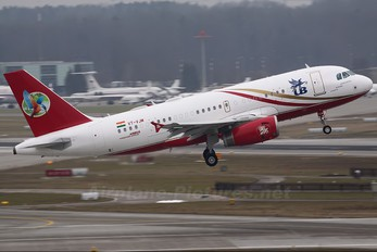 VT-VJM - Kingfisher Airlines Airbus A319 CJ