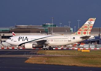 AP-BEC - PIA - Pakistan International Airlines Airbus A310