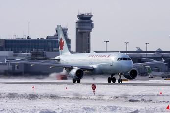 C-FDRP - Air Canada Airbus A320