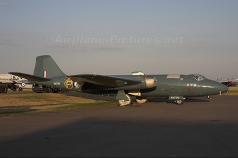 G-CDSX - Aviation Heritage English Electric Canberra T. 4