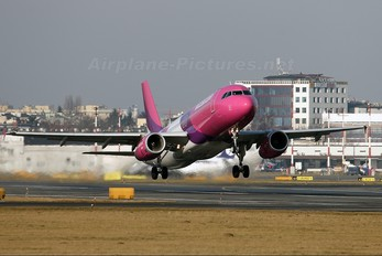 HA-LPA - Wizz Air Airbus A320