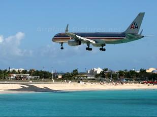 N668AA - American Airlines Boeing 757-200