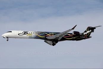 N821SK - SkyWest Airlines Canadair CL-600 CRJ-900
