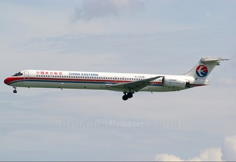 B-2268 - China Eastern Airlines McDonnell Douglas MD-90