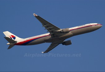 9M-MKR - Malaysia Airlines Airbus A330-300