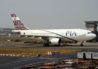AP-BGN - PIA - Pakistan International Airlines Airbus A310