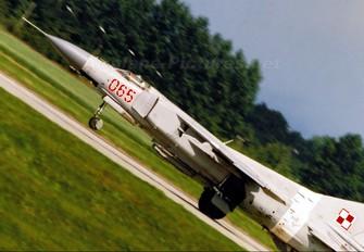 065 - Poland - Air Force Mikoyan-Gurevich MiG-23MF