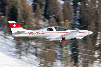 HY-YGJ - Private Lancair 235