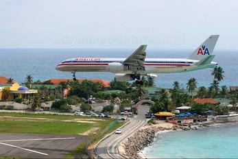 N628AA - American Airlines Boeing 757-200