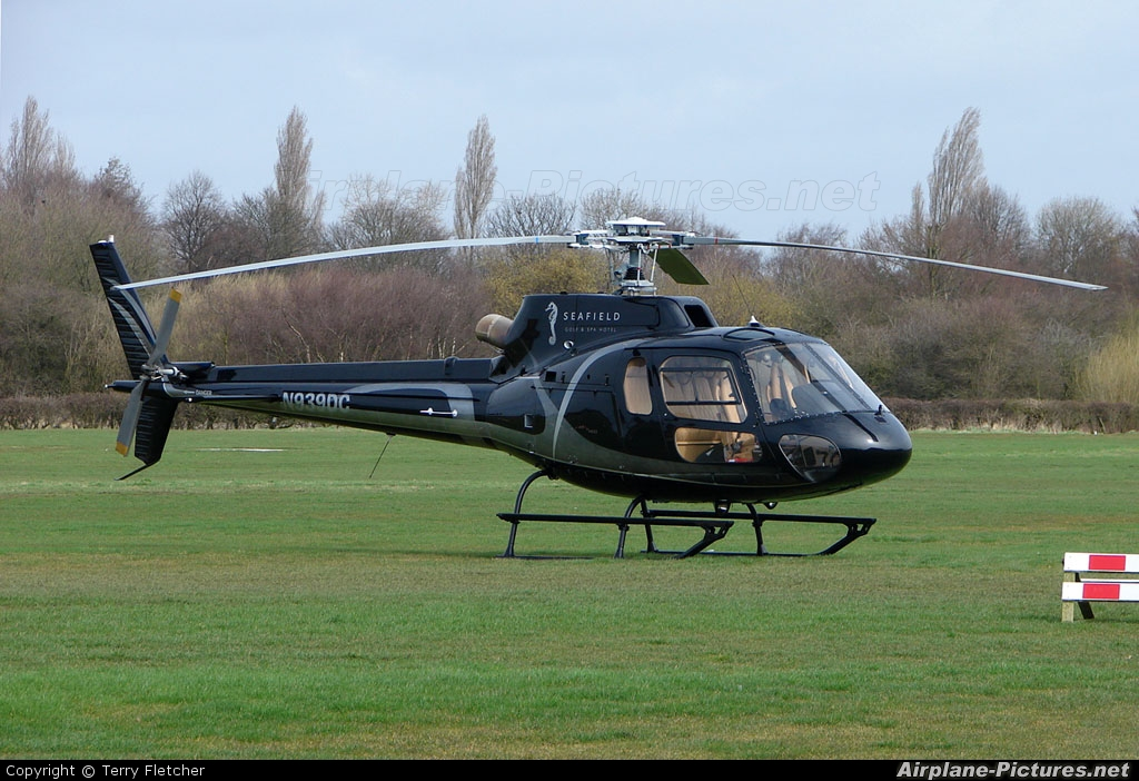 Private N939DC aircraft at Manchester - Barton