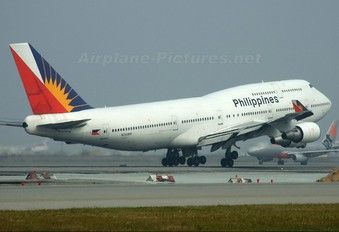 N751PR - Philippines Airlines Boeing 747-400