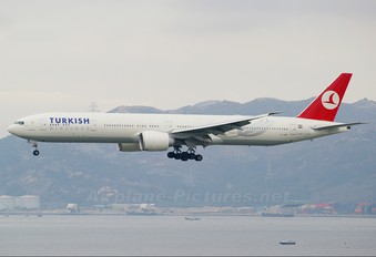VT-JEE - Turkish Airlines Boeing 777-300ER