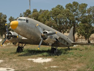 3C-JJN - Private Douglas DC-3
