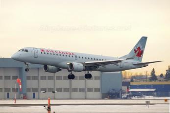 C-FHOY - Air Canada Embraer ERJ-190 (190-100)