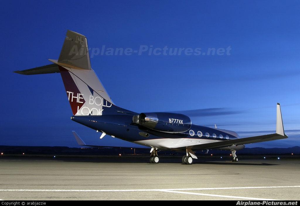 Kohler Corp N777KK aircraft at Dundee