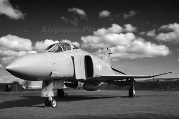XV406 - Royal Air Force McDonnell Douglas F-4M Phantom FGR.2