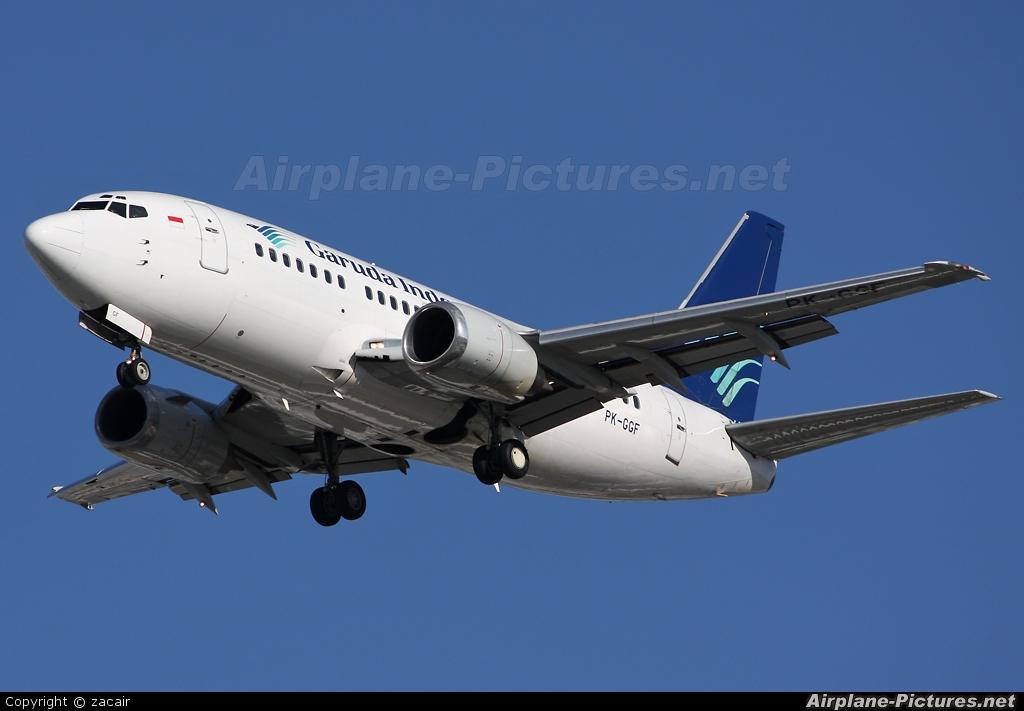 pkggf garuda indonesia boeing 737500 at perth wa