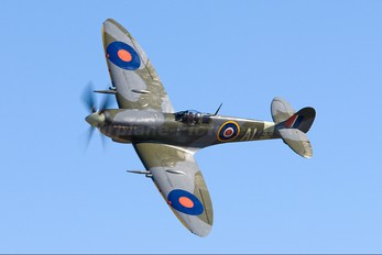 ZK-SPI - Private Supermarine Spitfire IX