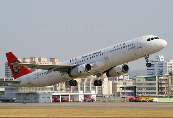 B-22605 - TransAsia Airways Airbus A321