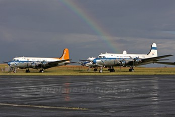 - - South African Airways Historic Flight Douglas DC-4