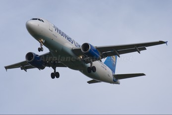 G-CRPH - Thomas Cook Airbus A320