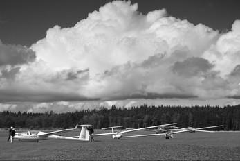 G-CJZK - Devon & Somerset Gliding Club Glaser-Dirks DG-500 Elan Orion