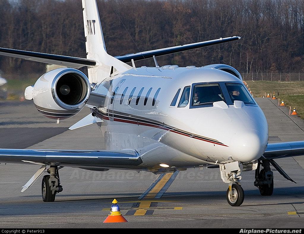CS-DXT - NetJets Europe (Portugal) Cessna 560XL Citation XLS at ...