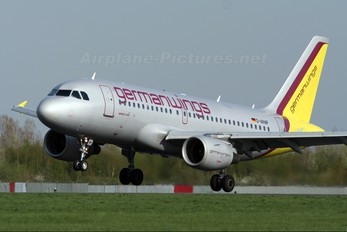 D-AKNP - Germanwings Airbus A319