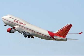 VT-ESN - Air India Boeing 747-400